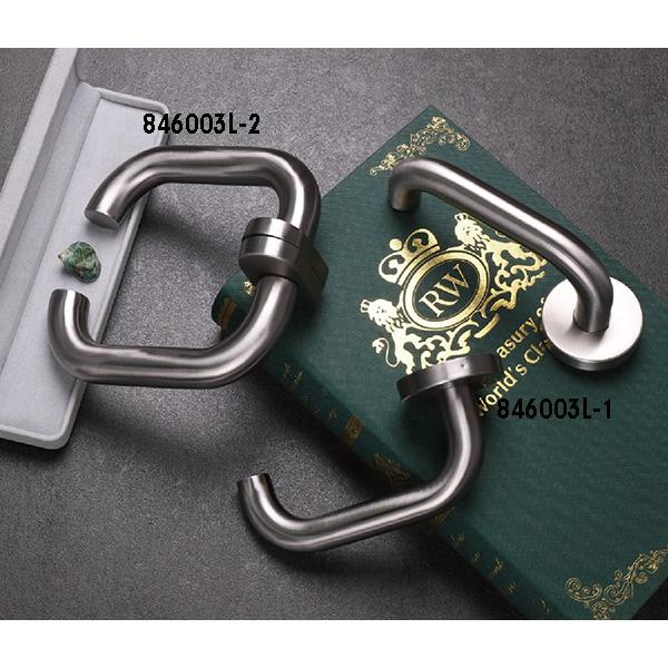 Stainless Steel Door Handle (846-P57-1)
